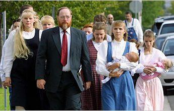 polygamy2_395