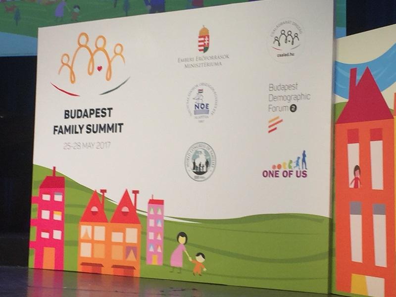 Budapest-Family-Summit_ProVita